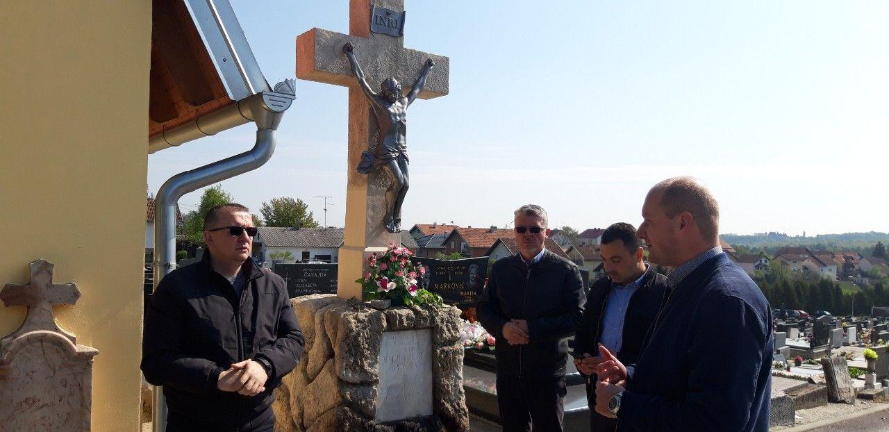 Obnova sakralnih objekata na našičkom groblju i u središtu Markovca