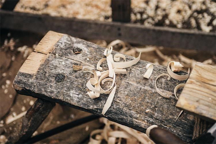 Za razvoj prerade drva i proizvodnju namještaja osigurano 40 milijuna kuna bespovratnih sredstava