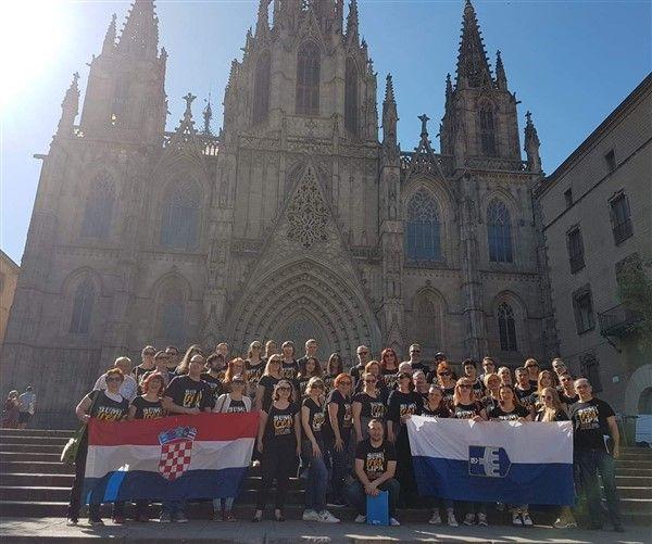 """HPD """"Lipa"""" Osijek s više od 1300 pjevača iz cijelog svijeta nastupio u Barceloni"""