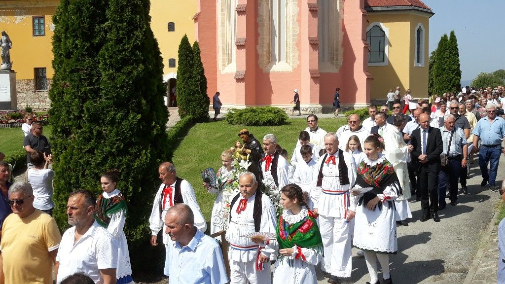 Vjernici misom i procesijom proslavili Antunovo
