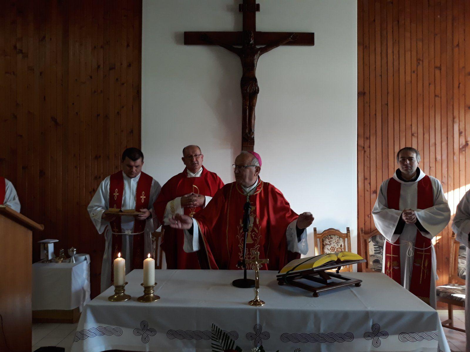 Prva misa u novouređenoj kapelici našičke vojarne