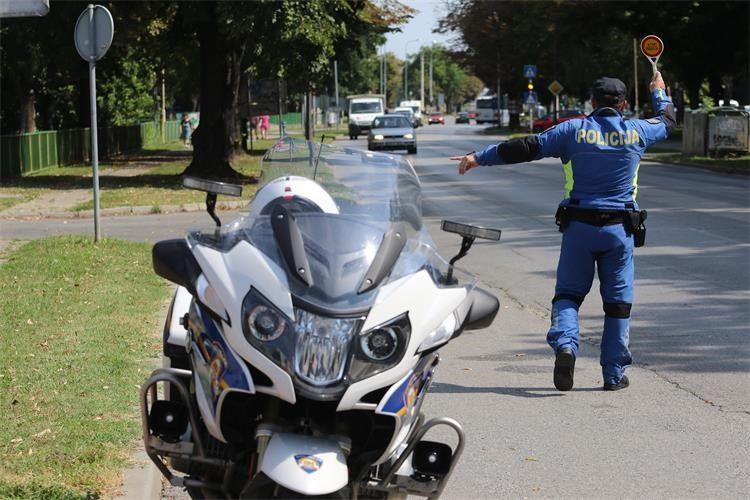 Deset prometnih nesreća u 24 sata