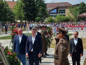Predsjednik Republike Zoran Milanović položio vijenac za poginule branitelje
